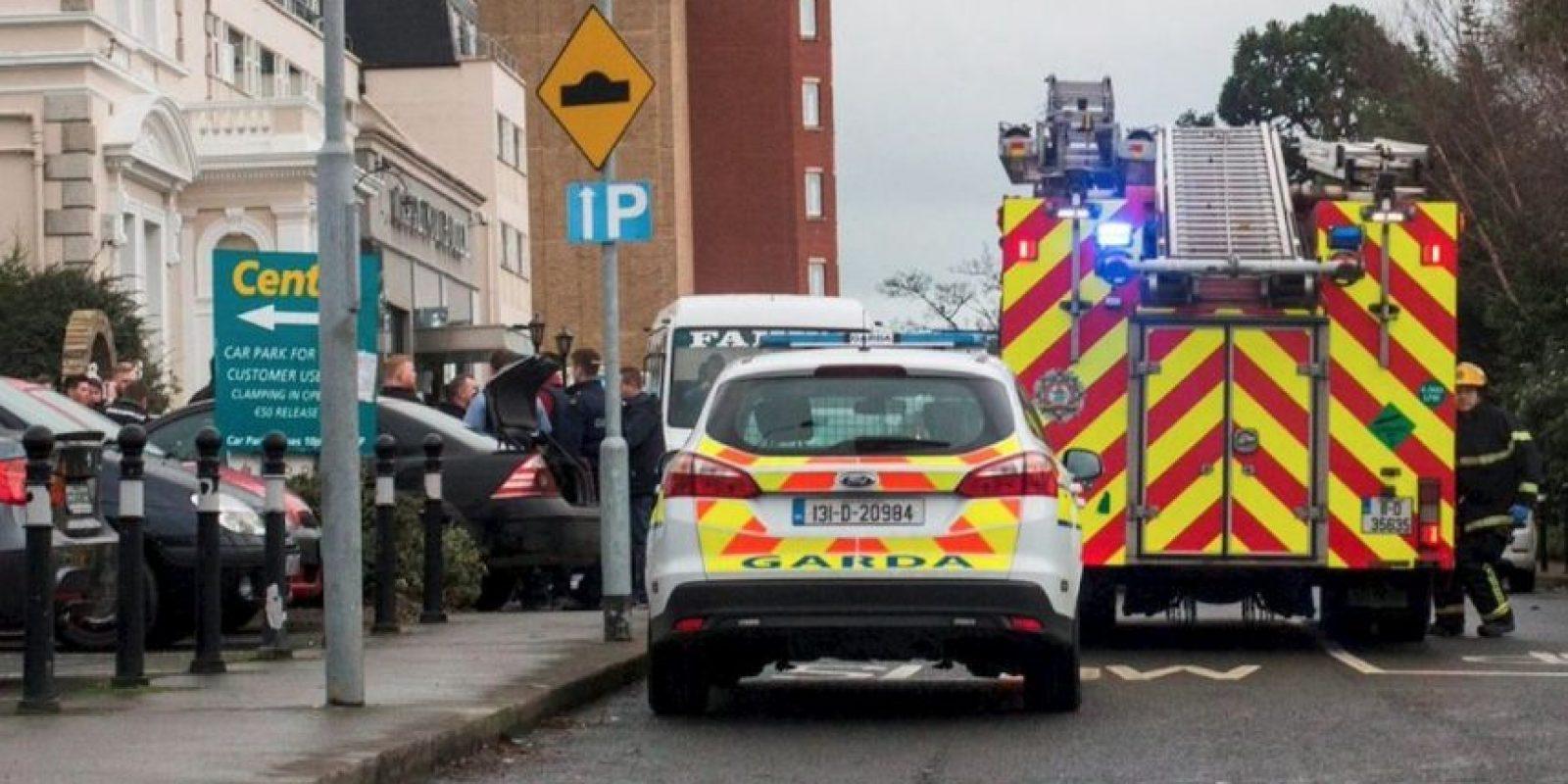 Los servicios de emergencia que respondieron al tiroteo descubrieron a tres hombres heridos. Foto:Vía Twitter