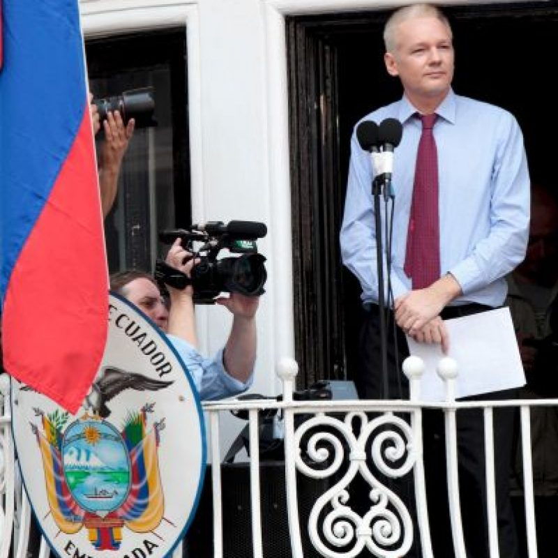 Lo hizo para evitar su detención y extradición a Suecia. Foto:Getty Images