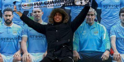 """En el duelo entre los """"Citizens"""" y el Leicester City, varios hinchas celebraron la contratación del DT español. Foto:Getty Images"""