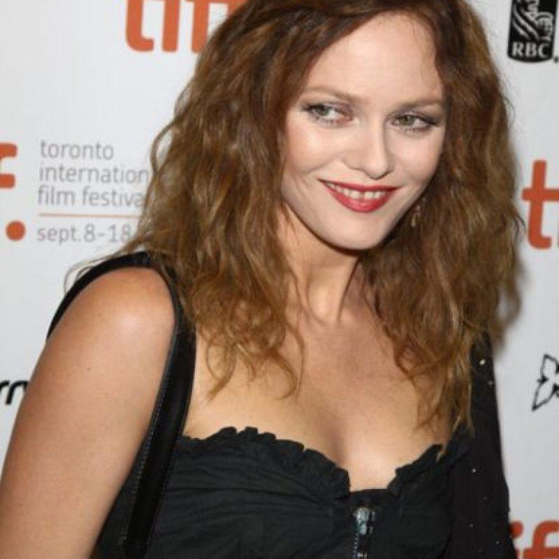 A Vanessa Paradis siempre la han criticado por su sonrisa peculiar. Foto:vía Getty Images