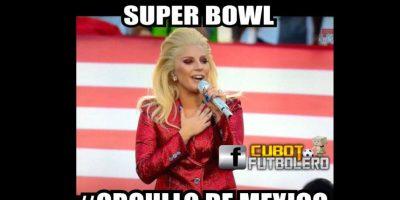 """E incluso, la """"confundieron"""" con la cantante mexicana Yuri. Foto:Vía twitter.com"""