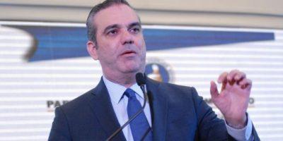 Luis Abinader vuelve a exigir un debate a Medina de cara a elecciones