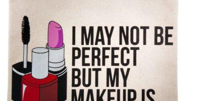 Indispensables de belleza: Lo que realmente necesitas en tu bolsito de maquillaje