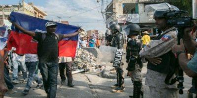 Parlamento haitiano conforma comisión para inscripción Gobierno provisional