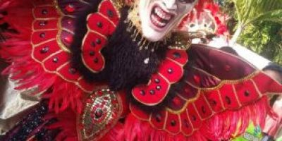 5 Coloridos trajes de diablos cojuelos que impactan en el Carnaval