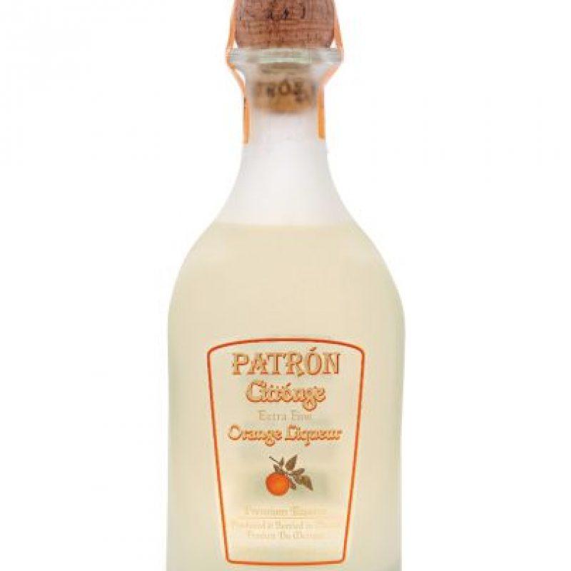 Tequila Patron Orange. Considerada como una de las Tequilas Ultra Premium más exclusivas del mundo. Elaboración totalmente artesanal, incluyendo su peculiar botella, soplada a pulmón y enumeradas individualmente. Hecho totalmente de agave azul, pero con un marcado sabor a naranja. Puede ser consumido solo o en coctelería. Delicioso. Foto:Fuente Externa