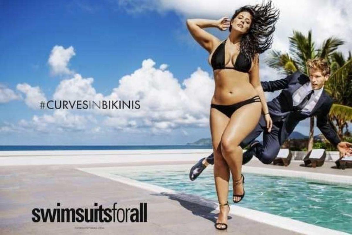 """Quien ahora protagoniza el nuevo calendario de """"Sports Illustrated"""" se creía fea. Foto:vía Sports Illustrated"""