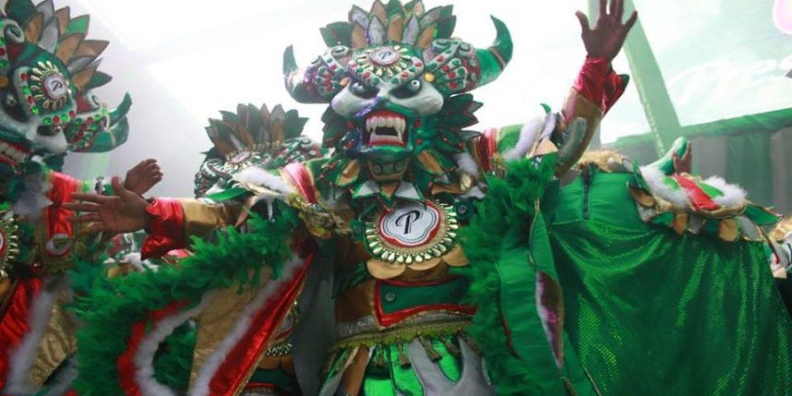 Un despliegue de color, sabor y la alegría del Carnaval dominicano. Foto:MetroRD