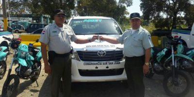 Amet entrega camionetas y motocicletas en distintas comunidades del país