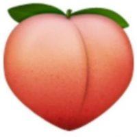 2. Empleado con connotaciones sexuales, se trata de una fruta llamada melocotón. Foto:Vía emojipedia.org