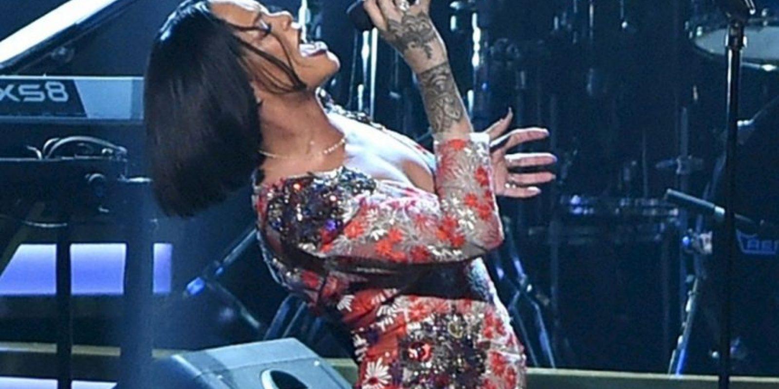 Rihanna es una figura que no puede ignorarse por su versatilidad y originalidad sobre el escenario. Foto:Getty Images