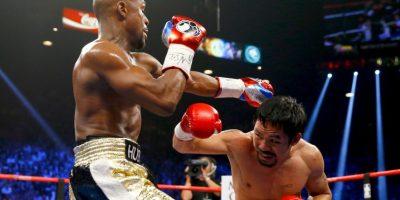 Tiene un récord en el boxeo profesional de 57 victorias, seis derrotas y dos empates Foto:Getty Images