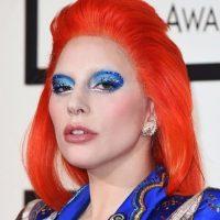 Lady Gaga quiso homenajear a David Bowie. Foto:vía Getty Images