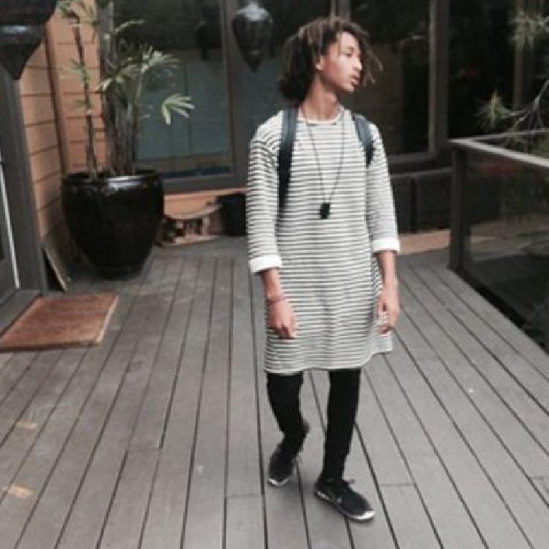 Ama vestirse con ropa femenina. Foto:vía Instagram