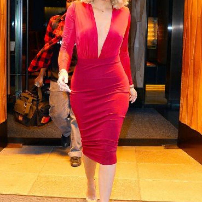 Amber Rose. Famosa por usar atuendos más que atrevidos, la modelo vive orgullosa de su diminuta cintura. Foto:Fuente Externa