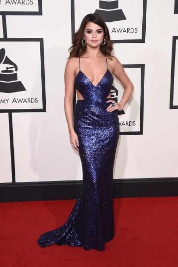 Demi Lovato, Selena Gómez, Adele y Florence Welch se robaron todas las miradas a su paso por la alfombra roja. Foto:Metro Internacional