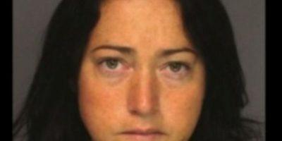 Nicole DuFault, de 35 años. Acusada de tener sexo con seis alumnos. Foto:Essex County Sheriff's Office