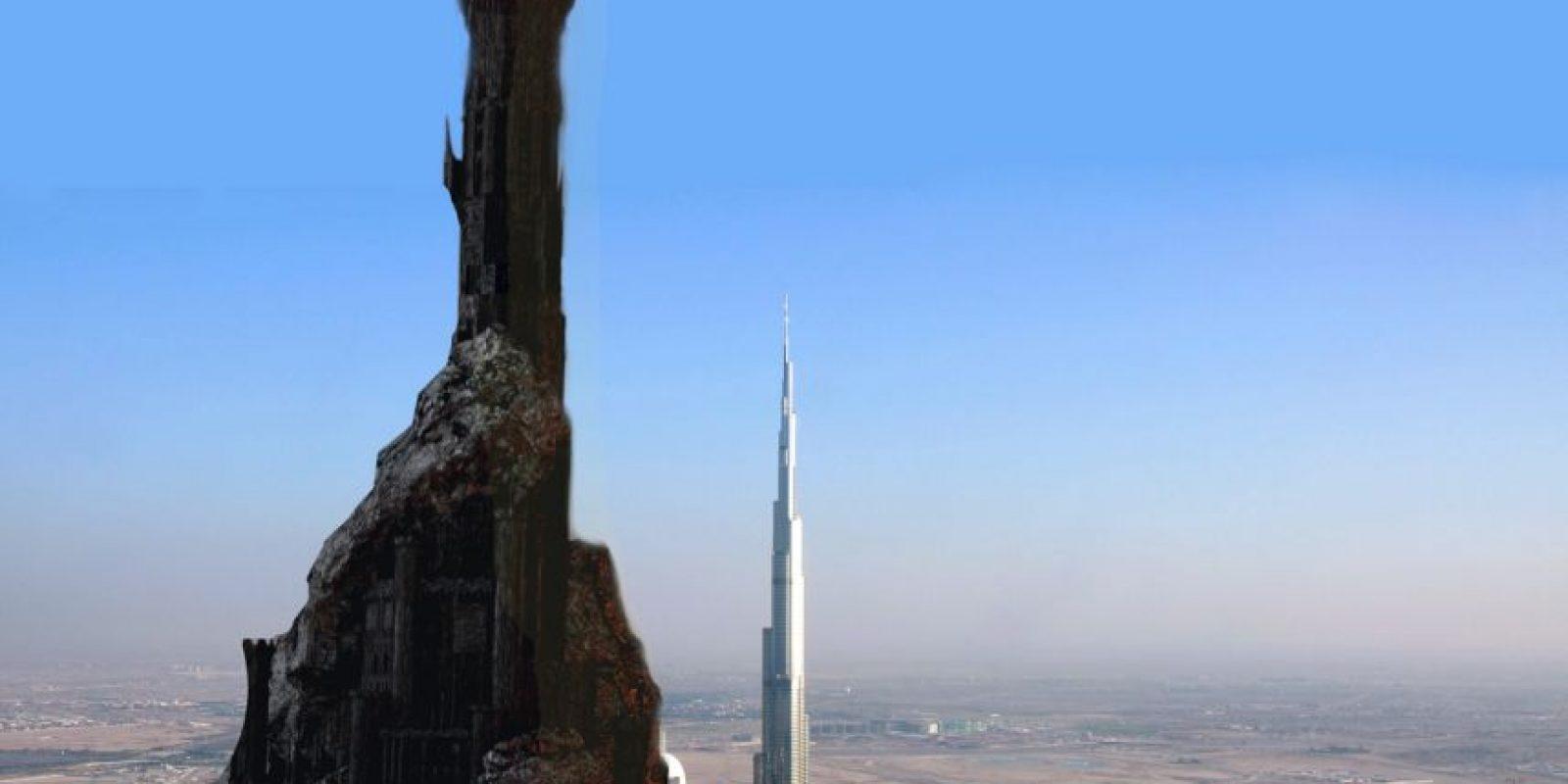 Barad-Dûr, la torre de Sauron, comparada con el Burj Khalifa de Dubái. Foto:@sefipolis