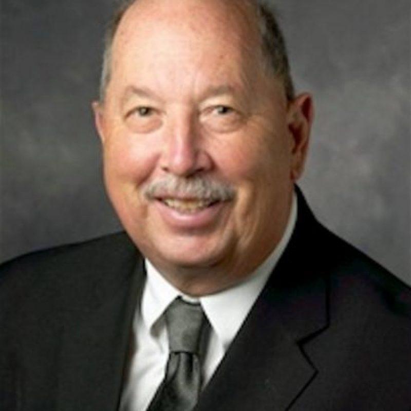 """""""Los precios del petróleo pueden aumentar si se reanuda el crecimiento mundial"""". Paul R. Hoogen, investigador de políticas públicas de la Hoover Institution, EE.UU."""