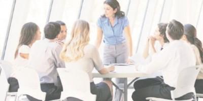 Mujeres en puestos directivos generan más rentabilidad