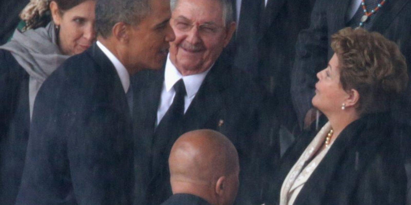 El primer encuentro entre Raúl Castro y Barack Obama fue en 2010 Foto:Getty Images