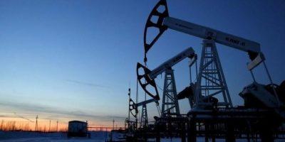 """¿Qué pasará con el """"petróleo congelado"""" de Arabia y Rusia?"""