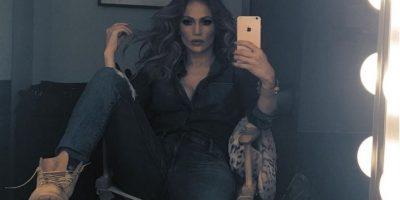 Jennifer López se vistió de colegiala e hizo twerking
