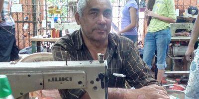 El Maestro Fillo: Más de 40 años en la confección de trajes de diablos cojuelos