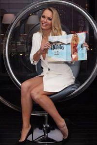 """La tenista danesa también engalana las páginas de la última edición de """"Sports Illustrated Swimsuit"""" Foto:Vía instagram.com/carowozniacki"""