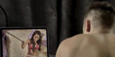 """La """"chica del tiempo más guapa"""" protagonizó un striptease para PeeWee"""