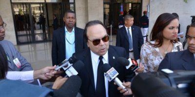 Castillo Semán pide a procurador investigar actividades de Santana en RD