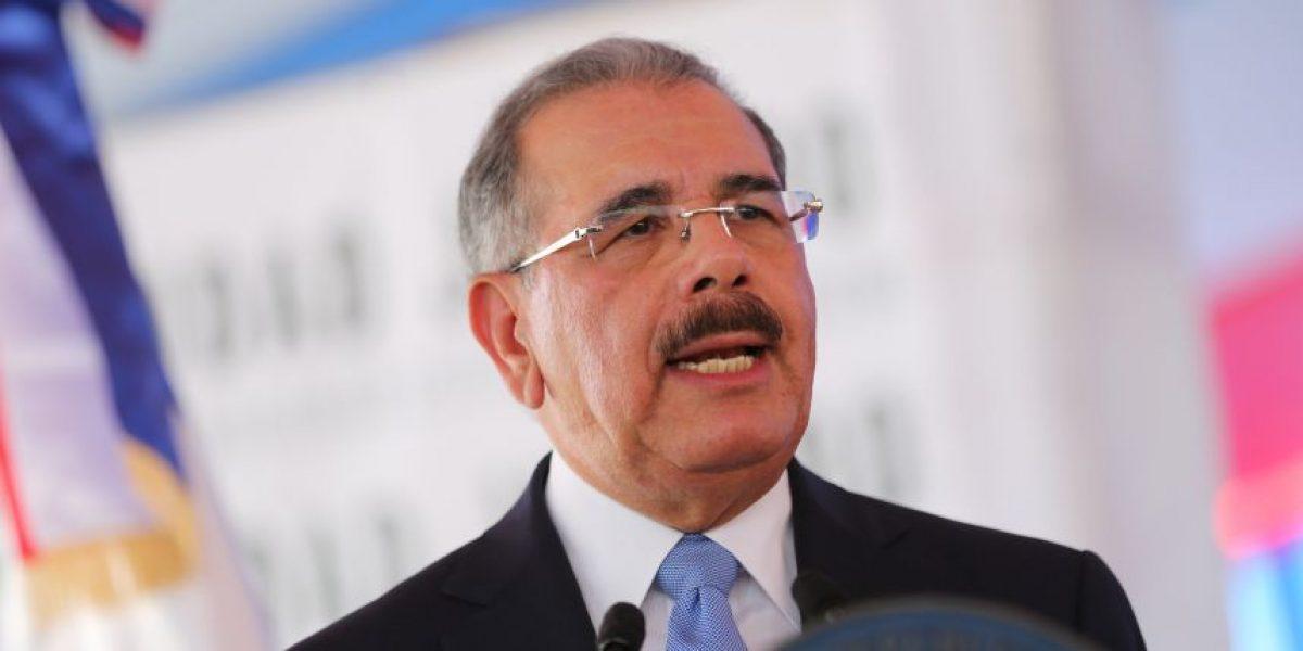 Medina destaca compromiso de miembros de las FE.AA para proteger el país