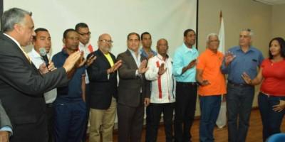 Reeligen a Castillo presidente Bádminton RD