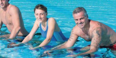 El ciclismo acuático se recomienda a personas de todas las edades y peso Foto:Fuente Externa
