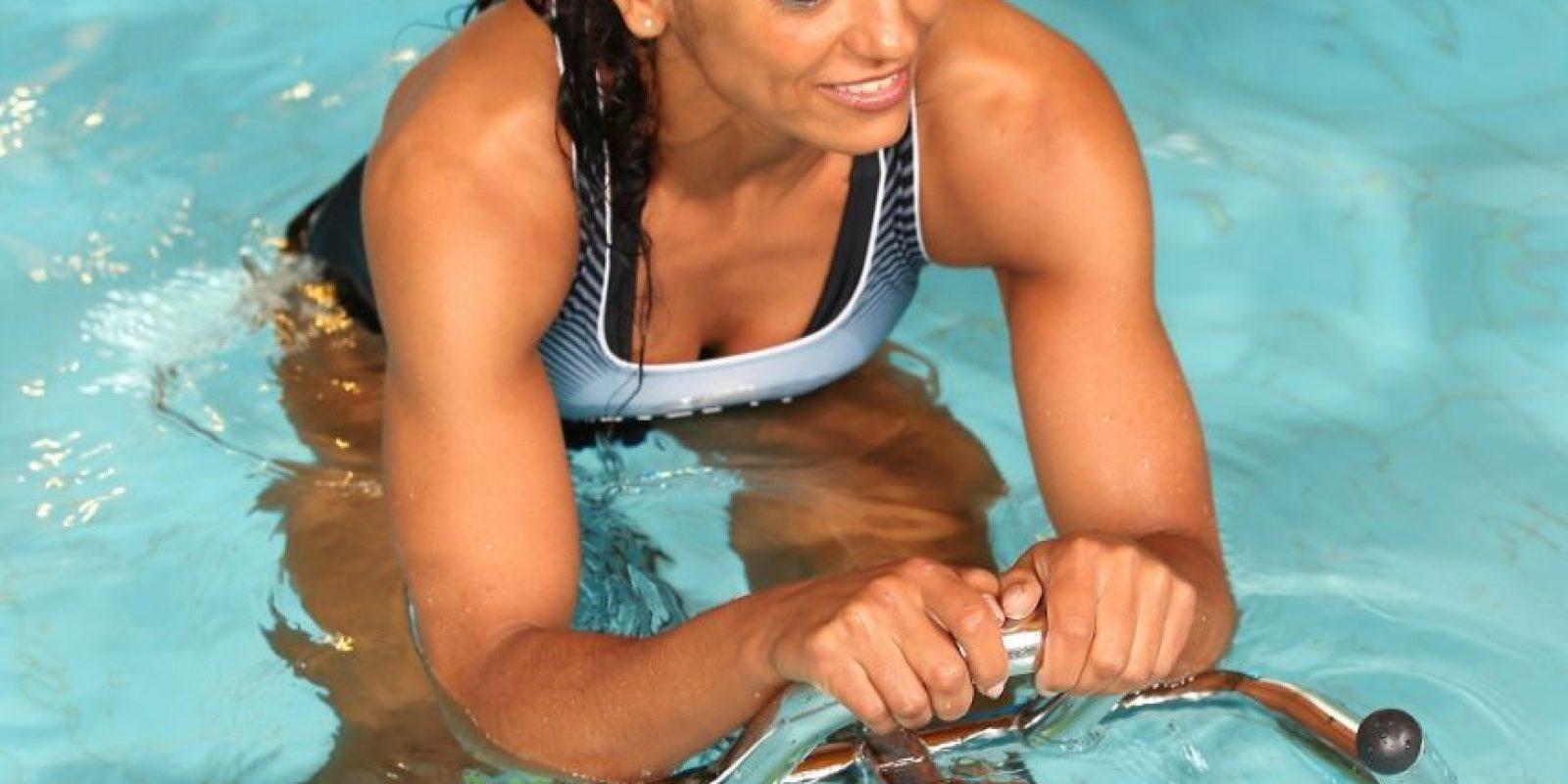 Este entrenamiento permite tonificar, además, brazos y abdomen. Foto:Fuente Externa
