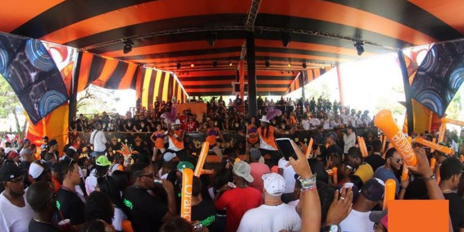 Vista panorámica de la Zona VIP Orange en La Vega. Foto:Fuente Externa