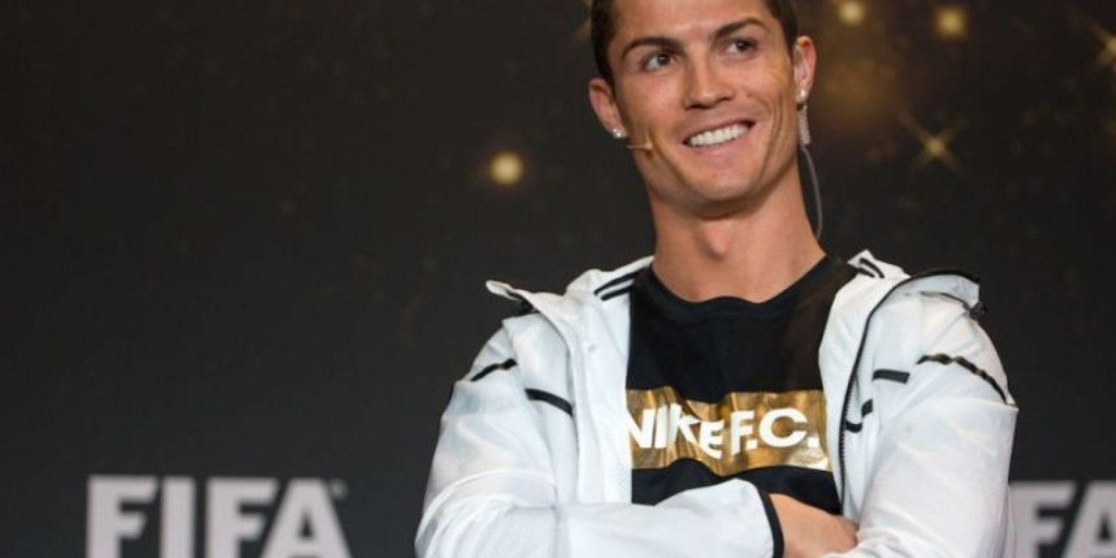 El portugués no tiene reparo en hacer donaciones para ayudar a los desfavorecidos. Cristiano Ronaldo aportó enormes cantidades de dinero para ayudar a niños con cáncer, también colaboró en el combate el hambre en África y para la construcción de escuelas en Palestina. Foto:Getty Images