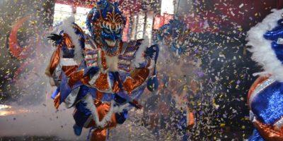 Los Goyuelos celebran su aniversario 15 con trajes inspirados en la Bandera Nacional