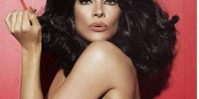 Pamela Anderson deja atrás su cabellera rubia y se desnuda a sus 48 años