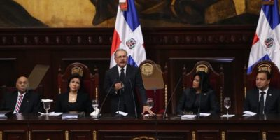 El pacto eléctrico podría firmarse en abril próximo, según Medina