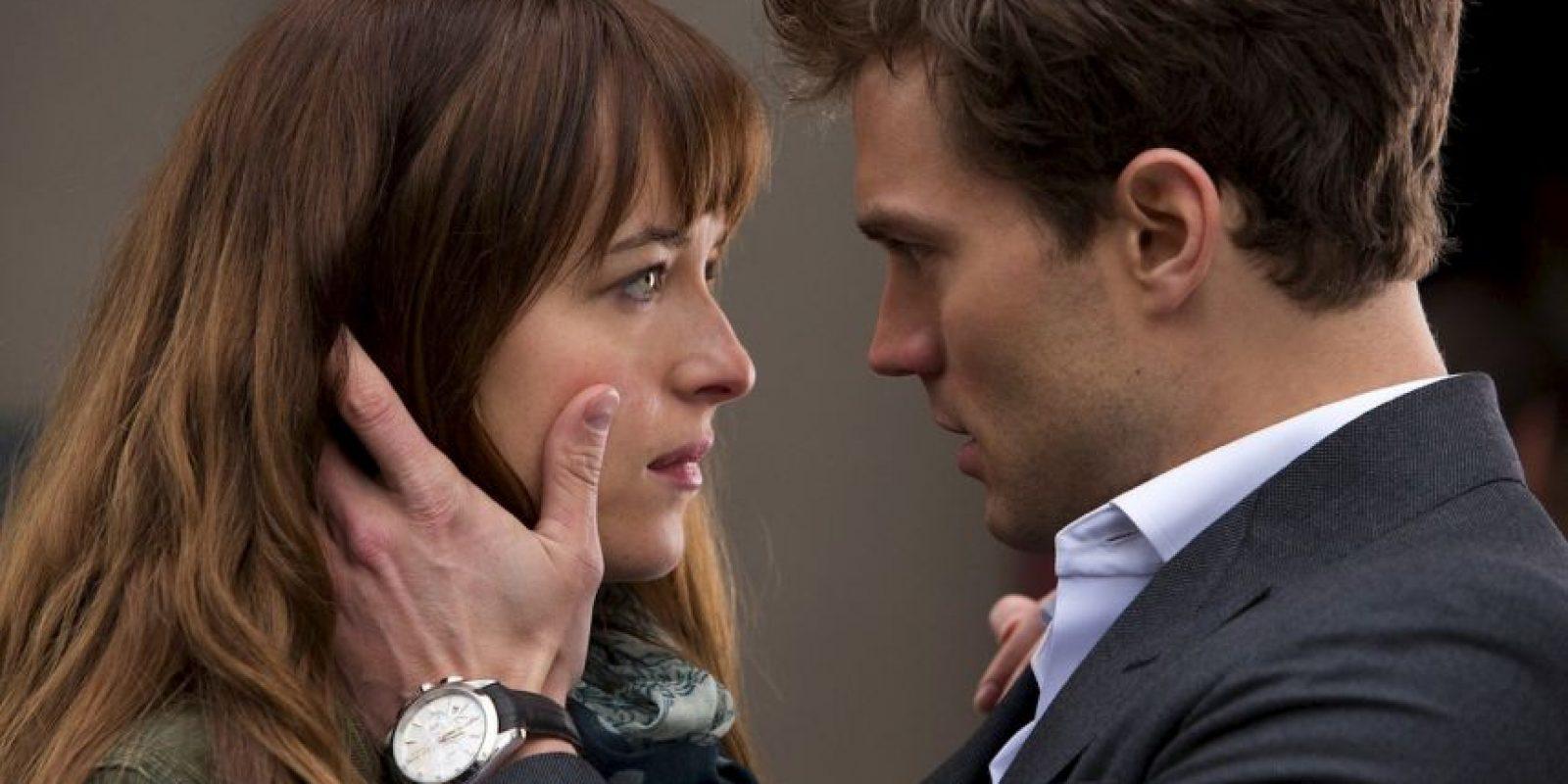 """""""Grey sería más genial de leer si el pene en cuestión tuviese algo más de trasfondo. Pero no hay nada"""". Newsweek. Foto:vía Universal"""