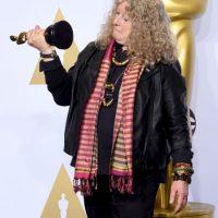 Con este outfit recibió su galardón Jenny Foto:Getty Images
