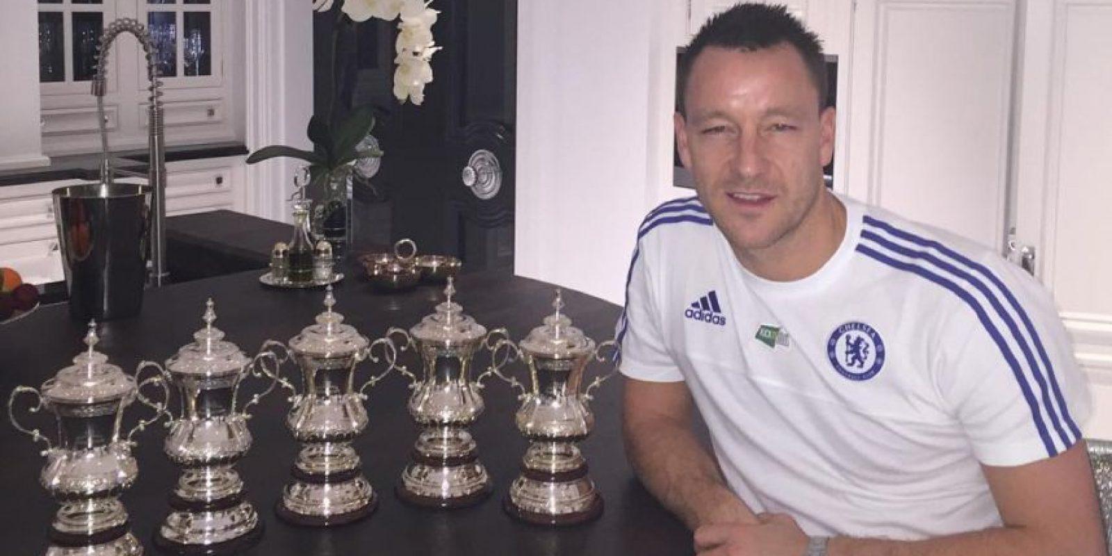 Los trofeos que ha conseguido en su carrera Foto:Vía instagram.com/johnterry.26