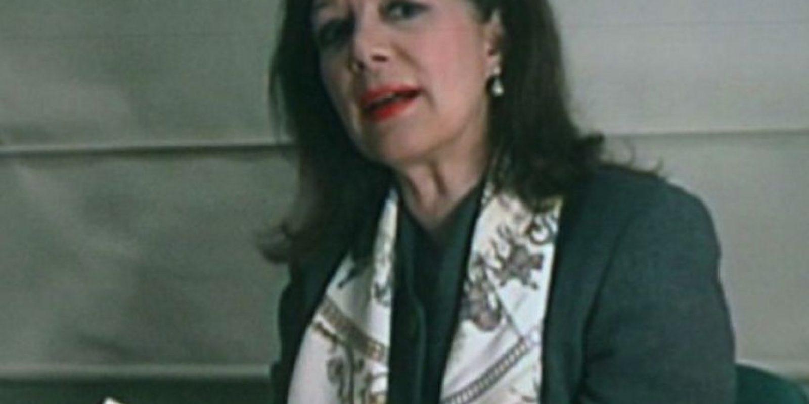 Virginia Vallejo: La presentadora y periodista sostuvo una relación tormentosa con el desaparecido narcotraficante Pablo Escobar. En su libro, Amando a Pablo odiando a Escobar, Virginia narra cómo fue su relación con el capo de capos. Foto:Tumbrl