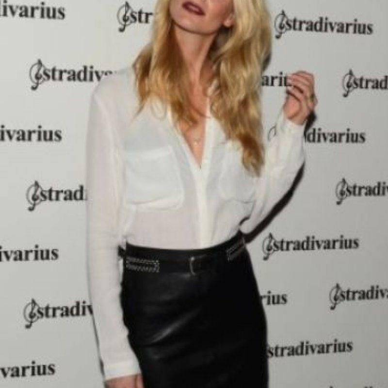 Poppy Delevigne: la modelo confesó que le asustan los botones y que se siente enferma solo de ver cuando alguien se los abrocha. Foto:Getty Images