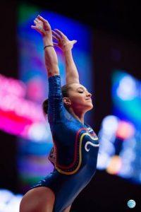 Larisa Iordache es una gimnasta rumana de 19 años que es de las candidatas a colgarse el oro en los próximos Juegos Olímpicos. Foto:Vía facebook.com/iordachelarisa