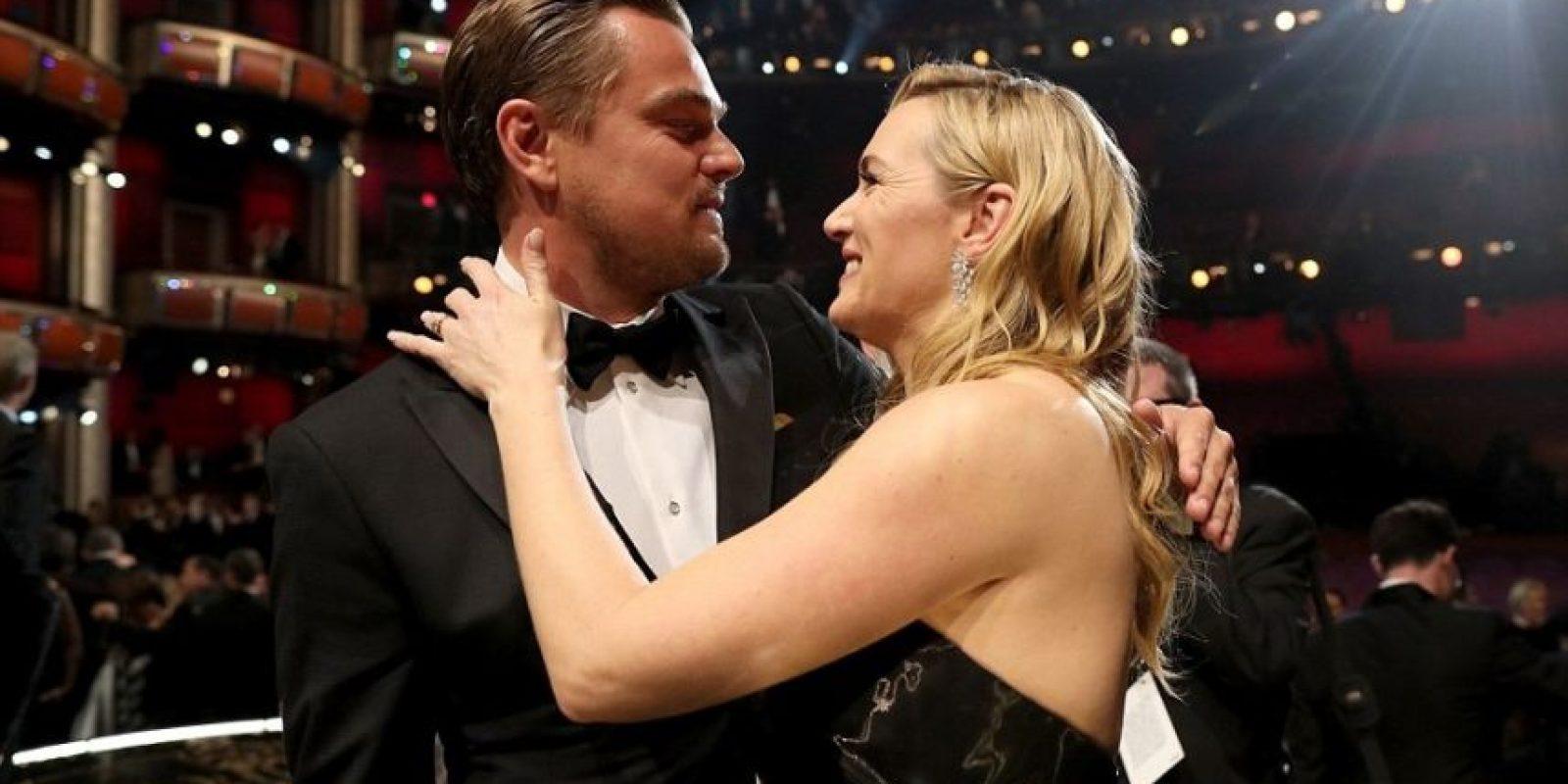 1- Tus éxitos son mis éxitos: La celebración de Kate Winsley al saber ganador a su gran amigo Leonardo DiCaprio. Foto:Fuente Externa