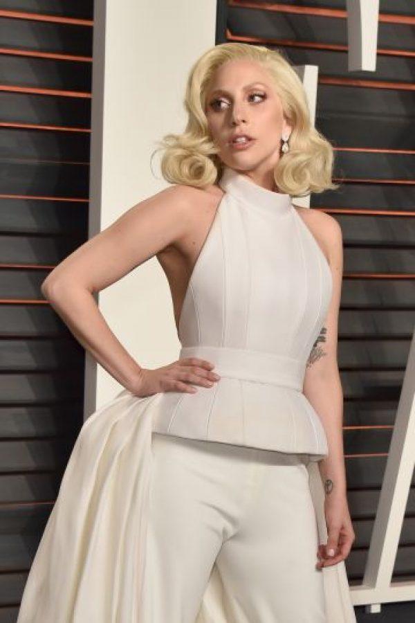 """La cantante también asistió a la fiesta de """"Vanity Fair"""" Foto:Getty Images"""