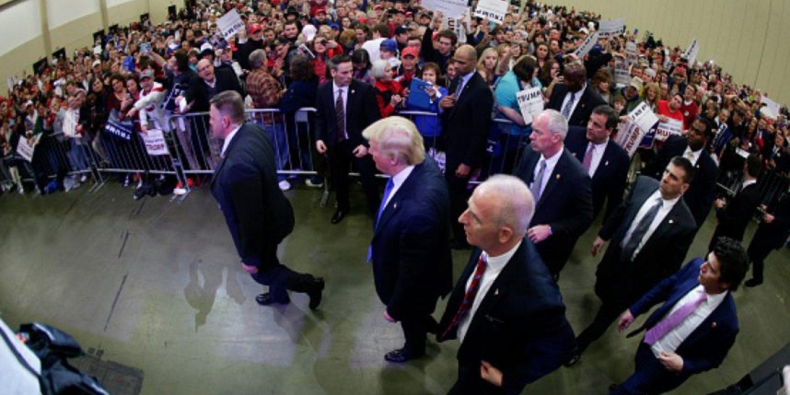 Todo pintaba bien en el discurso de victoria de Trump. Foto:vía Getty Images