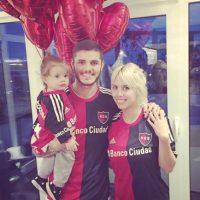 Desde 2014 es esposa de Mauro Icardi, futbolista argentino que ahora milita en el Inter de Milán Foto:Vía instagram.com/wanditanara